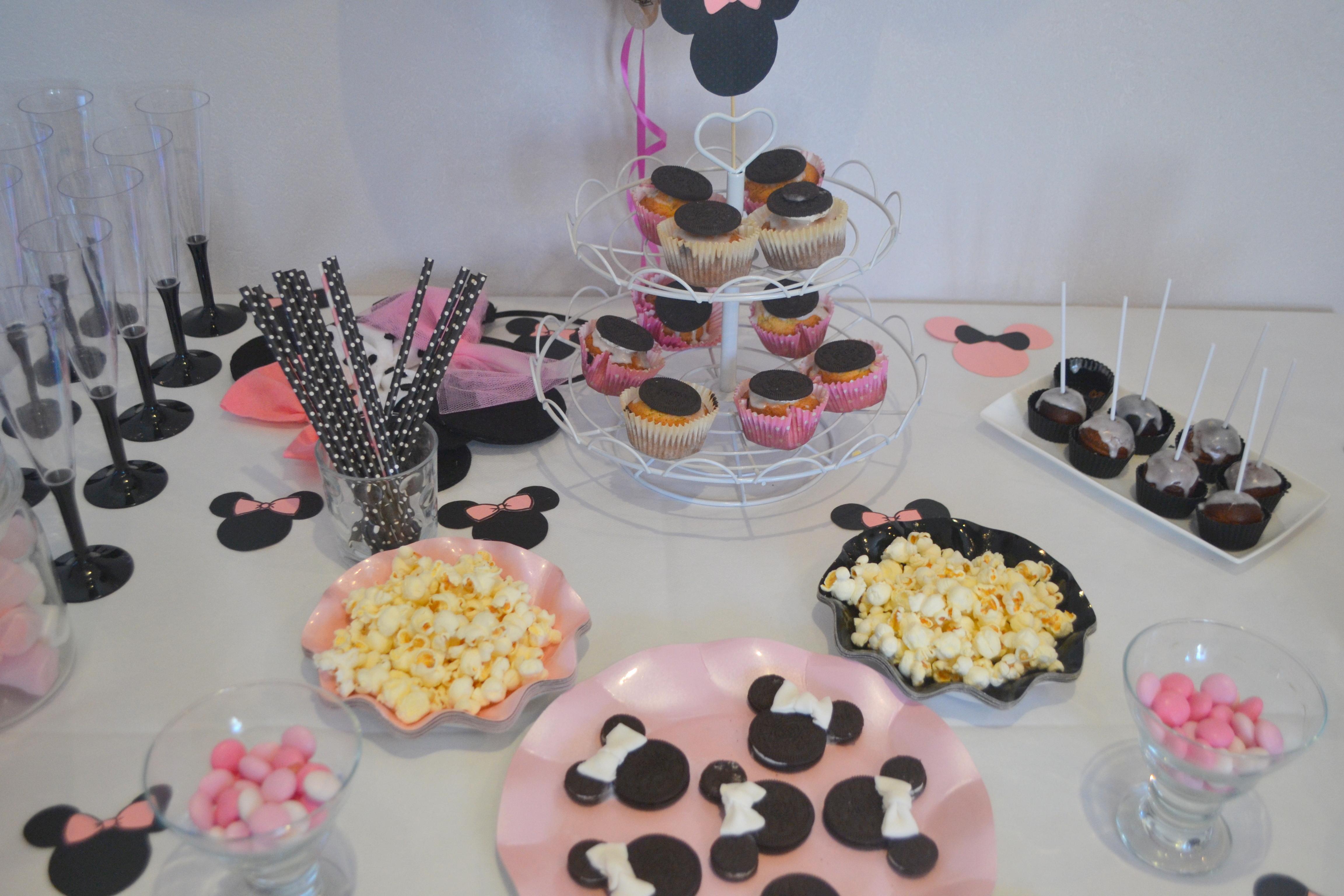 decoration anniversaire minnie pas cher 28 images d 233 coration cupcake minnie pics pas. Black Bedroom Furniture Sets. Home Design Ideas